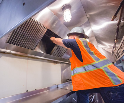 Commercial Kitchen Cleaning: The Importance of Keeping Your Restaurant Clean
